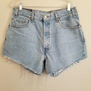 Vintage Levi's 550 Cut Off Denim Shorts 32